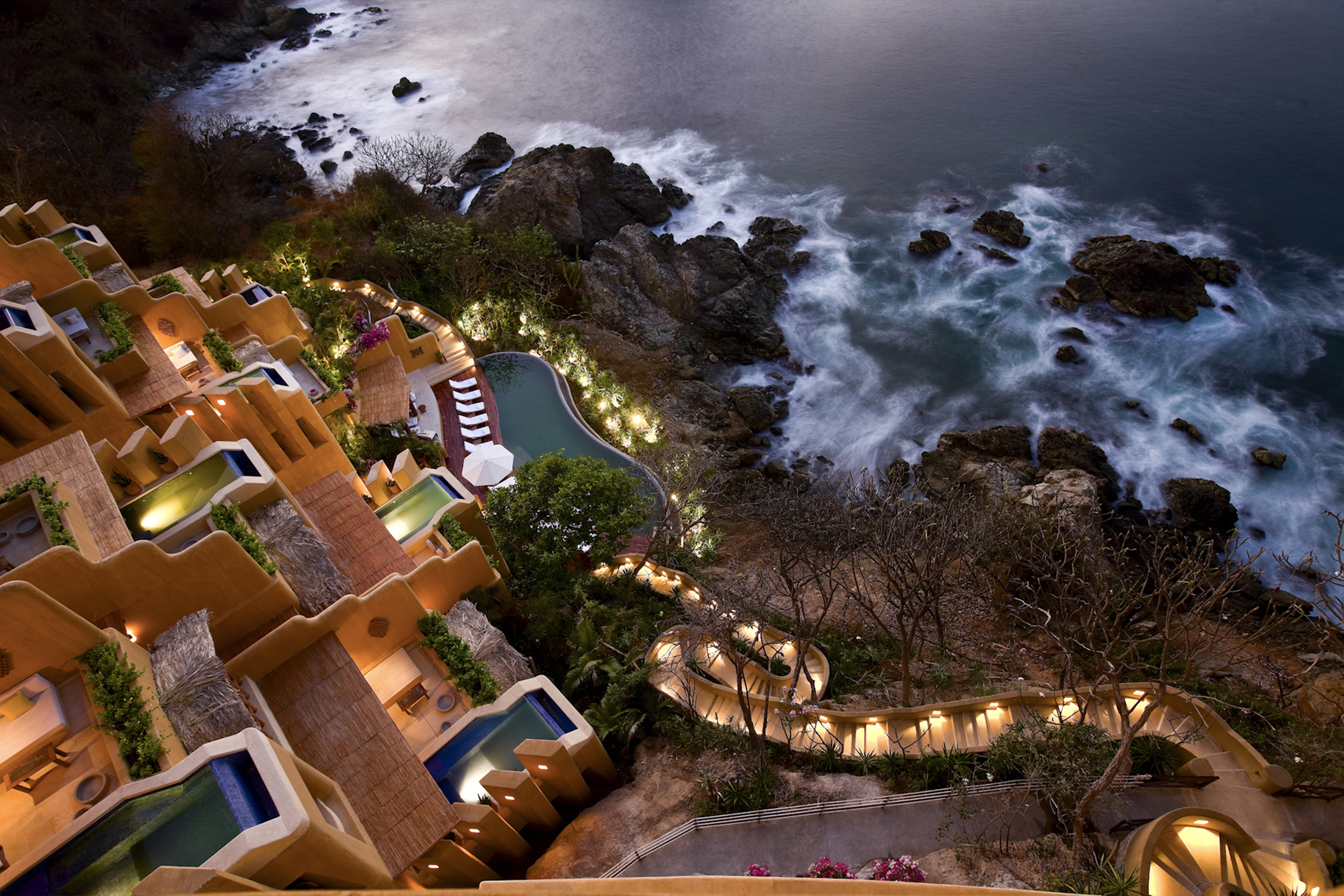 Reck_Ixtapa_Pools